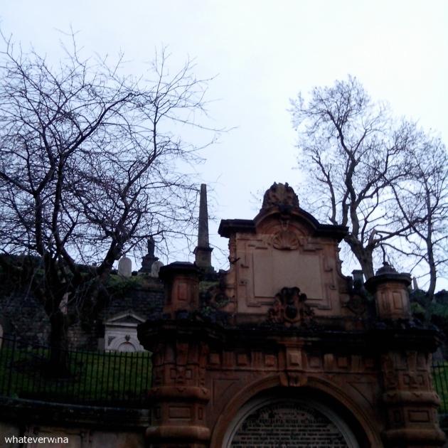 Glasgow Necropolis Wina